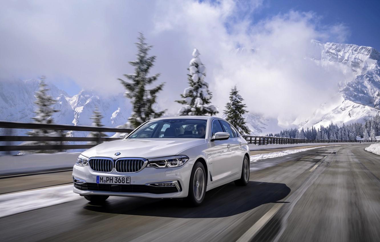 Photo wallpaper road, white, mountains, movement, BMW, sedan, hybrid, 5, four-door, 2017, 5-series, G30, 530e iPerformance