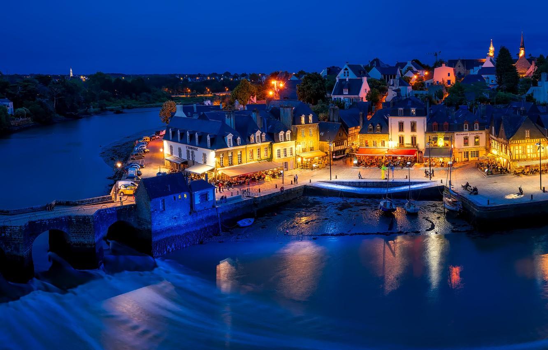 Photo wallpaper lights, river, street, France, home, the evening, village, France, municipality, Åre, Auray