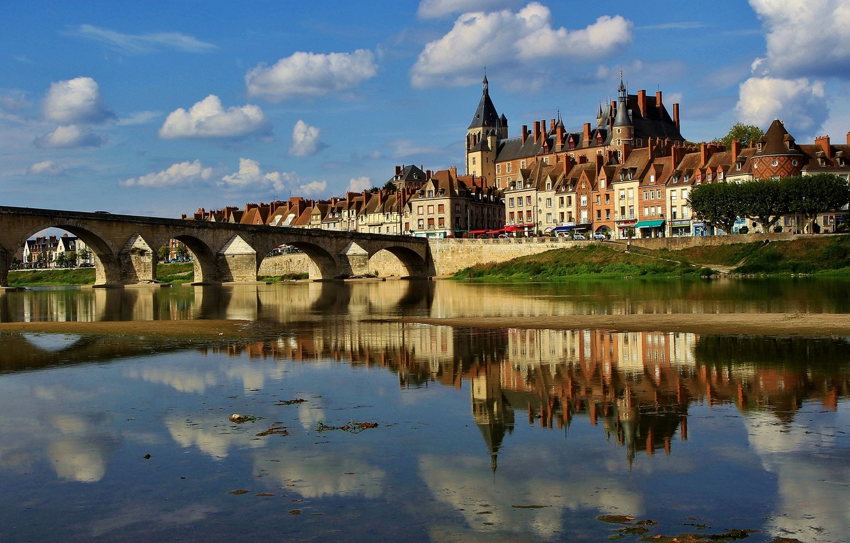 Photo wallpaper bridge, reflection, river, castle, France, building, home, France, Loire River, The Loire River, Жьен, Anne …
