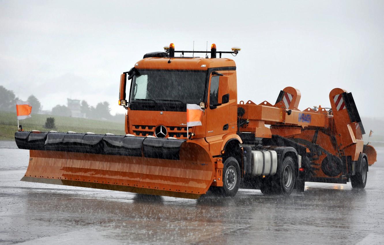 Photo wallpaper orange, rain, Mercedes-Benz, truck, tractor, equipment, machinery, Arocs