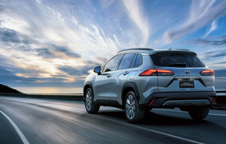 Photo wallpaper road, movement, Toyota, Hybrid, Corolla, Cross, TH-spec, 2020