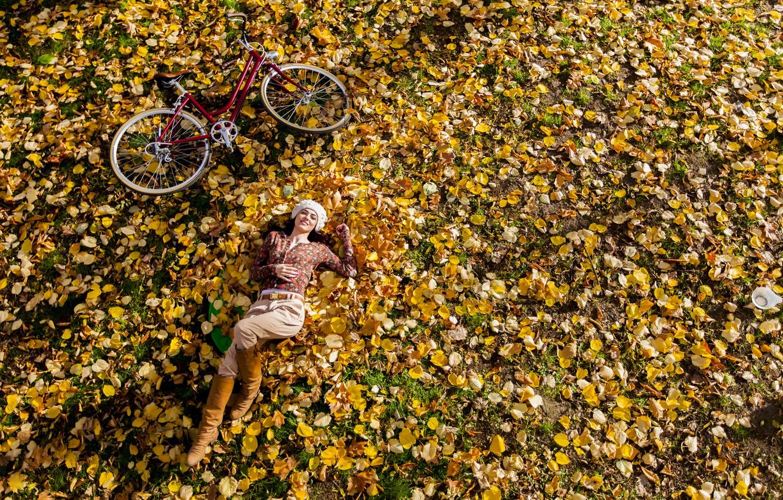 Photo wallpaper autumn, leaves, girl, bike, Park, stay, lawn, nature, park, autumn, leaves