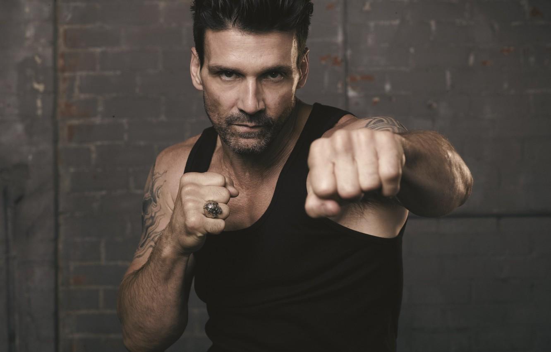 Photo wallpaper look, pose, bristles, fist, stand, tattoo, Frank Grillo, Frank Grillo