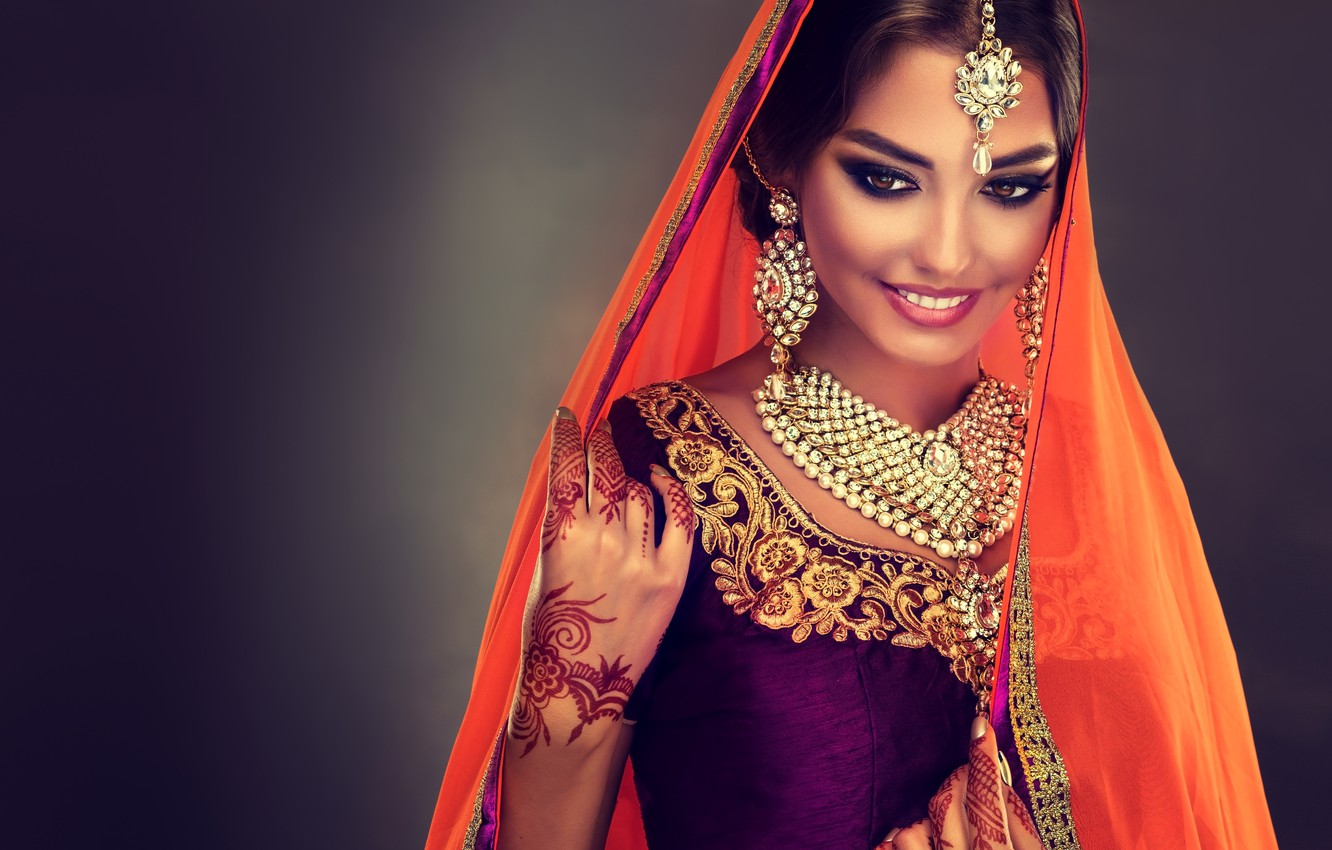 Photo wallpaper look, girl, decoration, smile, style, makeup, Beautiful, woman, Indian, saree, Sofia Zhuravets'