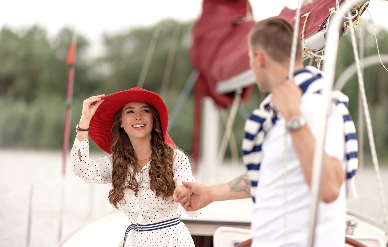 Photo wallpaper girl, love, stay, yacht, pair, hat, guy, walk