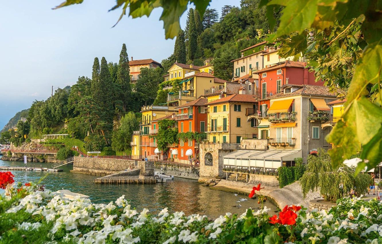 Photo wallpaper flowers, lake, home, Italy, Petunia, Como, Varenna