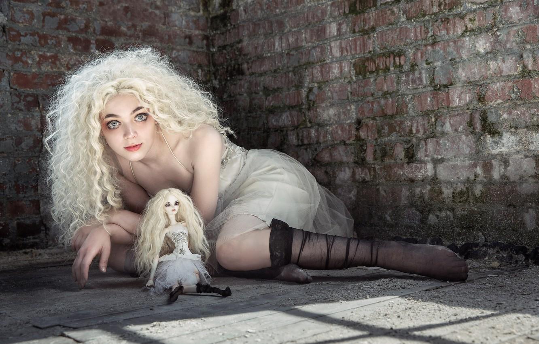 Photo wallpaper look, girl, doll, blonde