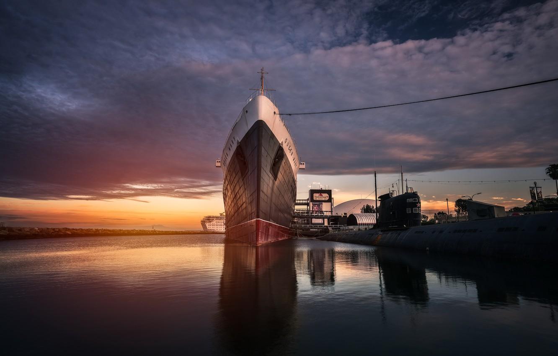 Photo wallpaper Long Beach, Queen Mary, ship, ghost ship