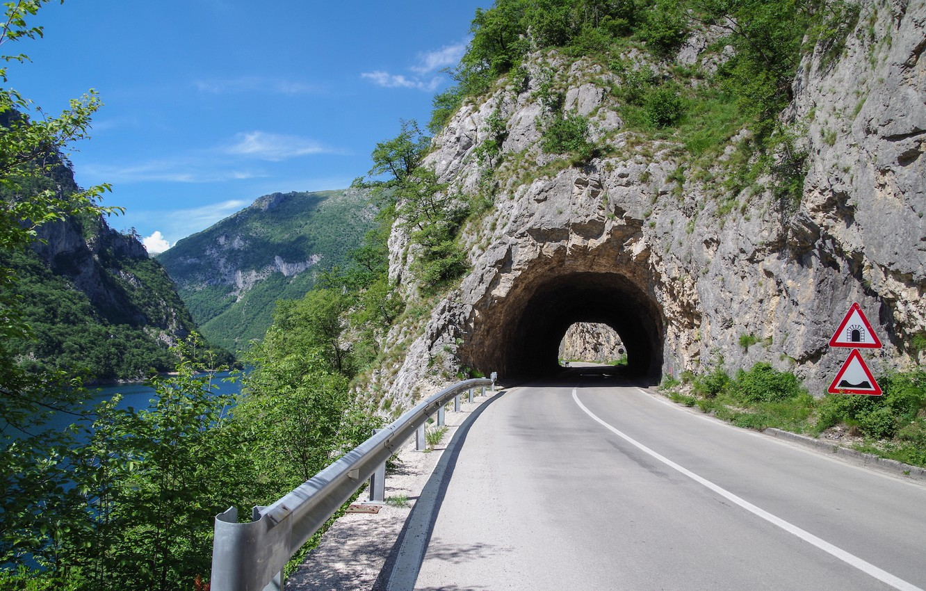 Photo wallpaper road, lakes, tunnel
