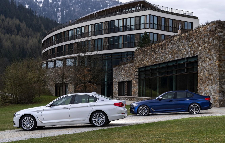 Photo wallpaper white, vegetation, BMW, facade, hybrid, 5, dark blue, 2017, 5-series, G30, sedans, M550i xDrive, M-performance, …