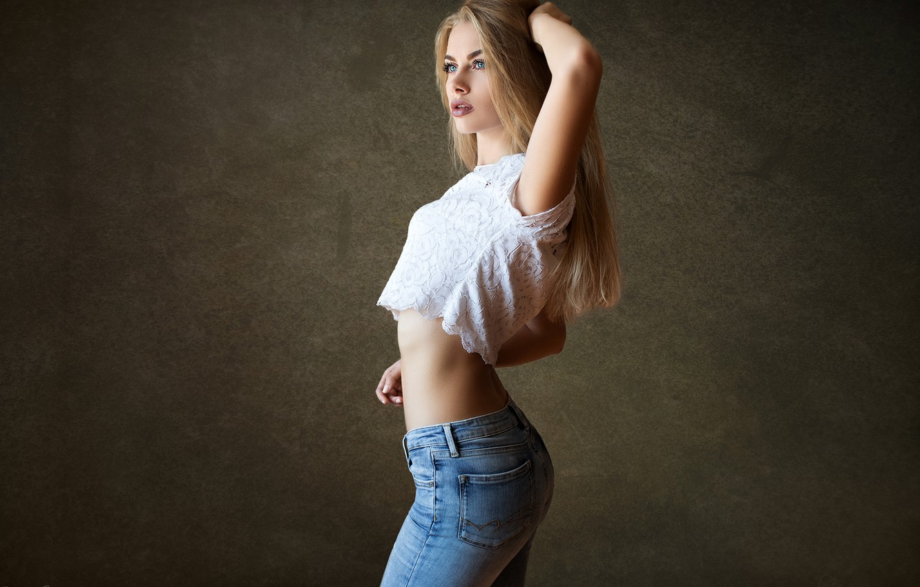 Photo wallpaper background, model, portrait, jeans, makeup, figure, hairstyle, blonde, beauty, is, t-shirt, posing, sexy, Karina, Dmitry …