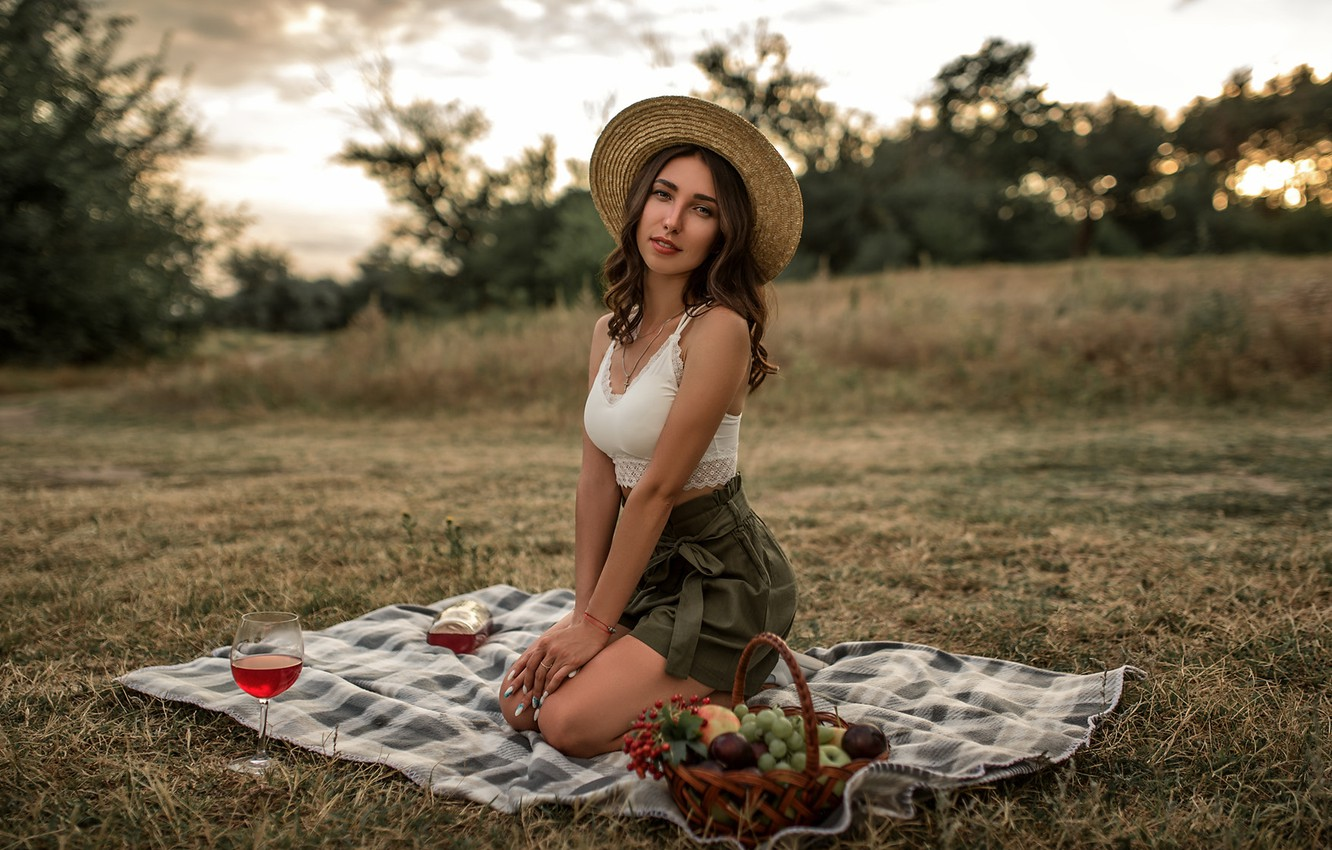 Photo wallpaper grass, look, trees, pose, wine, basket, glade, model, shorts, glass, portrait, hat, makeup, figure, hairstyle, …