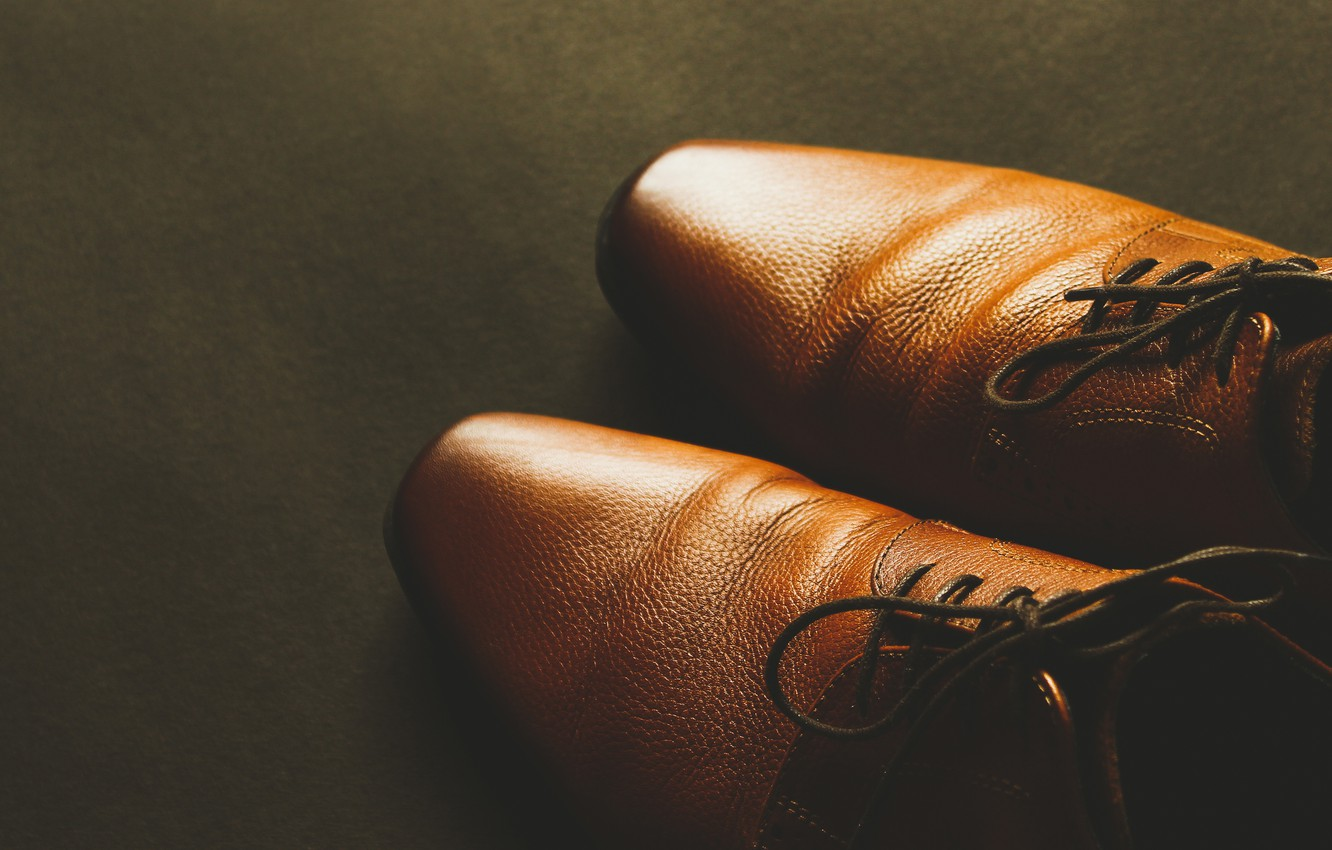 Photo wallpaper light, the dark background, Shine, shoes, pair, shoes, floor, brown, laces, new, lacing, clean, leather, …