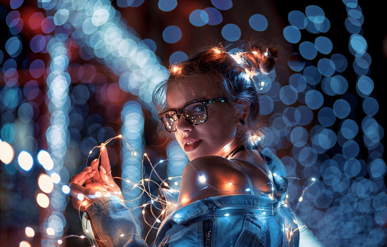 Photo wallpaper pretty, glasses, christmas lights