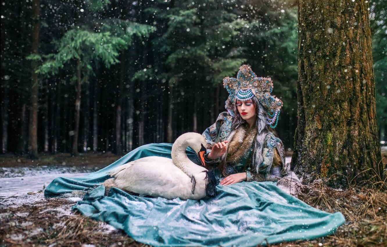Photo wallpaper girl, snow, pose, tree, bird, dress, Swan, kokoshnik, Александра Савенкова, Екатерина Турчина