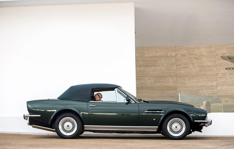Photo wallpaper convertible, side view, Classic, Green, Aston Martin V8 Vantage Volante, British car