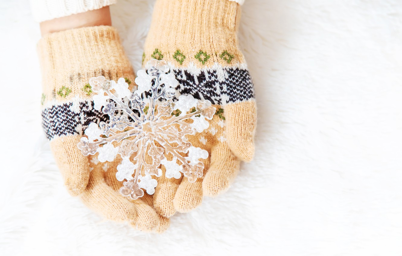 Photo wallpaper winter, snow, snowflakes, pink, winter, mittens, snow, hands, snowflakes