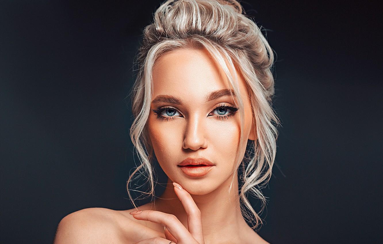 Photo wallpaper look, girl, face, background, hand, portrait, makeup, blonde, shoulder, Gregory Levin, Света Лазоркина