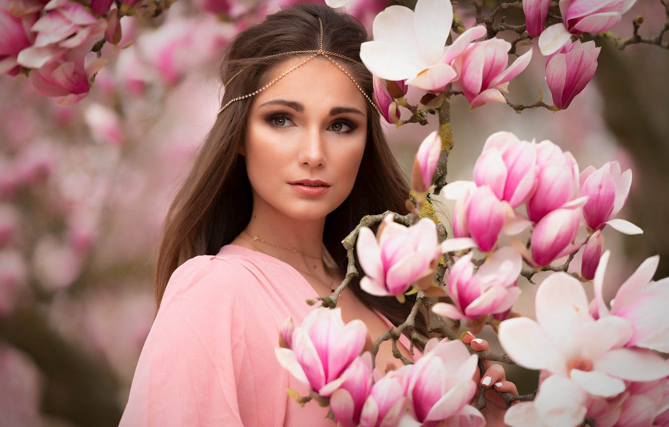 Photo wallpaper look, girl, branches, nature, brown hair, flowers, Magnolia, Mark Prinz