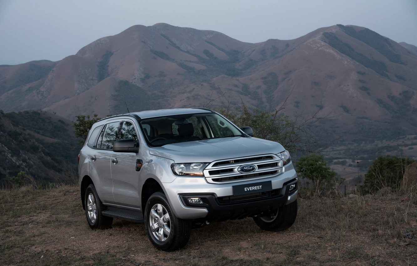 Photo wallpaper Ford, Everest, 4WD, 2015, mountains in the background, XLS