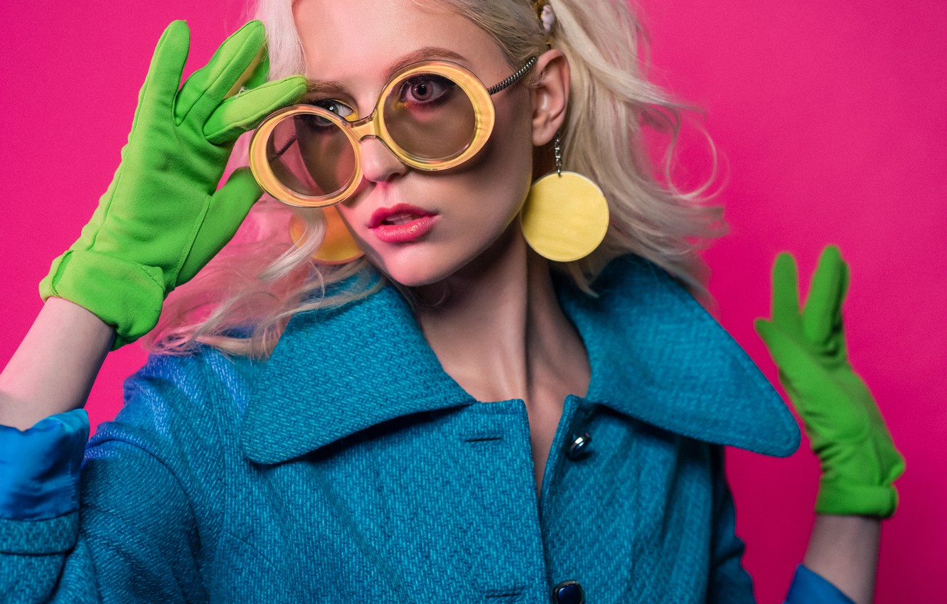 Photo wallpaper girl, style, background, model, makeup, glasses, coat