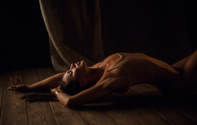Photo wallpaper girl, pose, Board, hands, on the floor, body, closed eyes, Sergey Sorokin