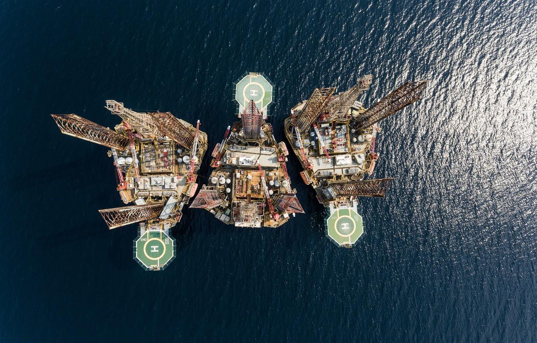 Photo wallpaper metal, ocean, extreme engineering, oil platform