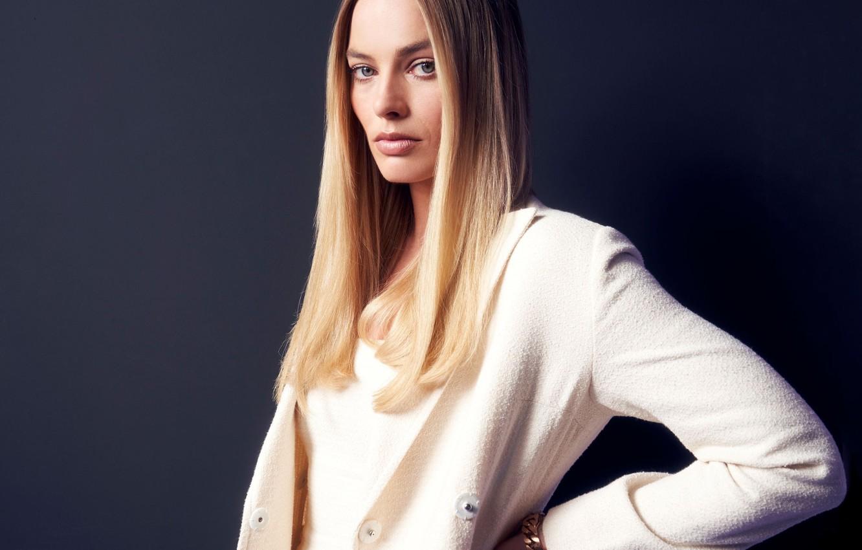 Photo wallpaper look, actress, Margot Robbie, straight hair