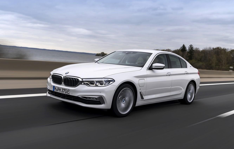 Photo wallpaper road, white, BMW, the fence, sedan, hybrid, 5, four-door, 2017, 5-series, G30, 530e iPerformance
