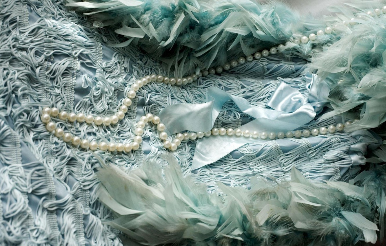 Photo wallpaper style, retro, feathers, dress, pearl, beads, vintage