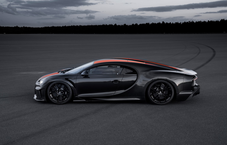 Photo wallpaper asphalt, Bugatti, hypercar, Chiron, Super Sport 300+