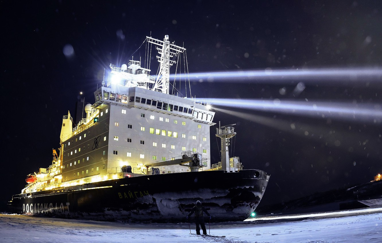 Photo wallpaper Night, Snow, People, Ice, Icebreaker, The ship, Russia, Nose, Floodlight, Tank, The add-in, Atomflot, Nuclear-powered ...