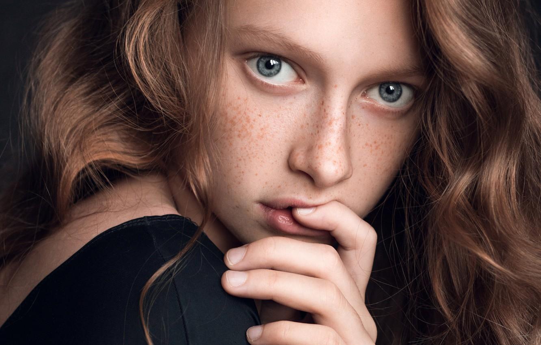 Photo wallpaper portrait, freckles, sponge, redhead, finger, Ty, Garipova Elina