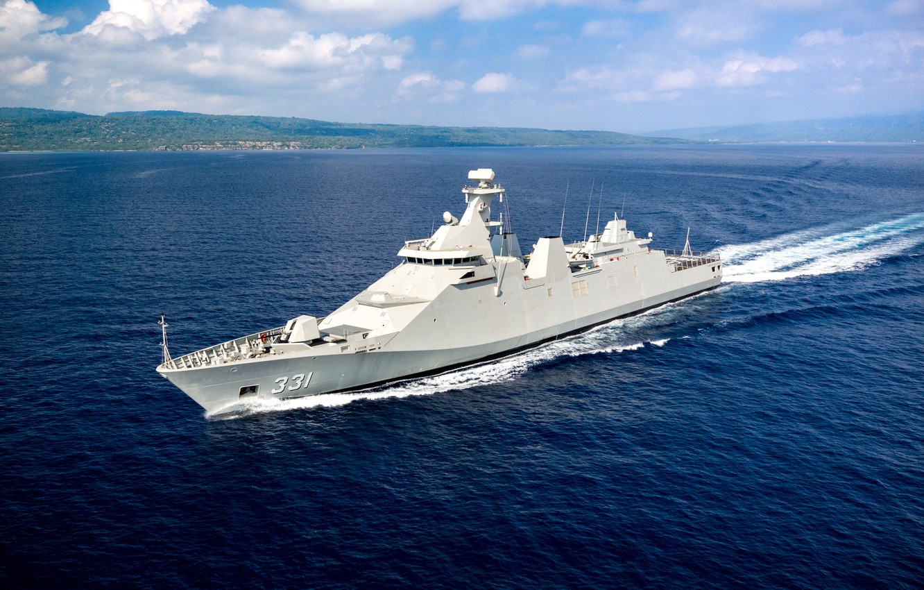 Photo wallpaper Frigate, The Navy of Indonesia, KRI Martadinata (331)