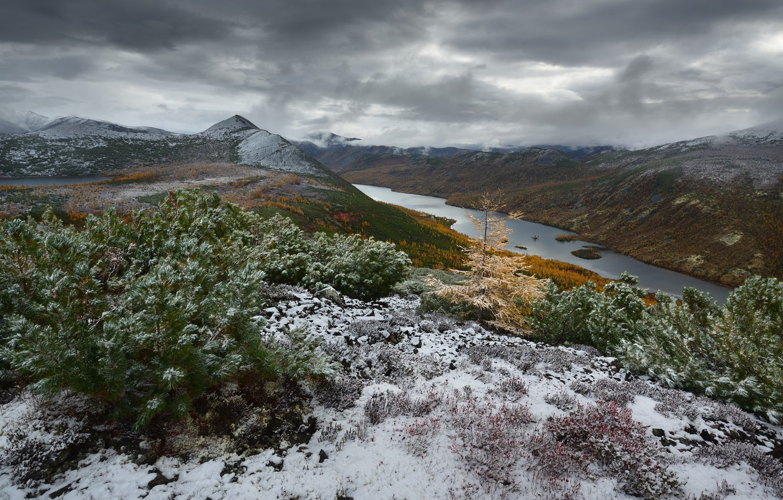 Photo wallpaper mountains, clouds, nature, Kolyma, The Dancing Grayling Lake, Maxim Evdokimov, The Lake Anemone