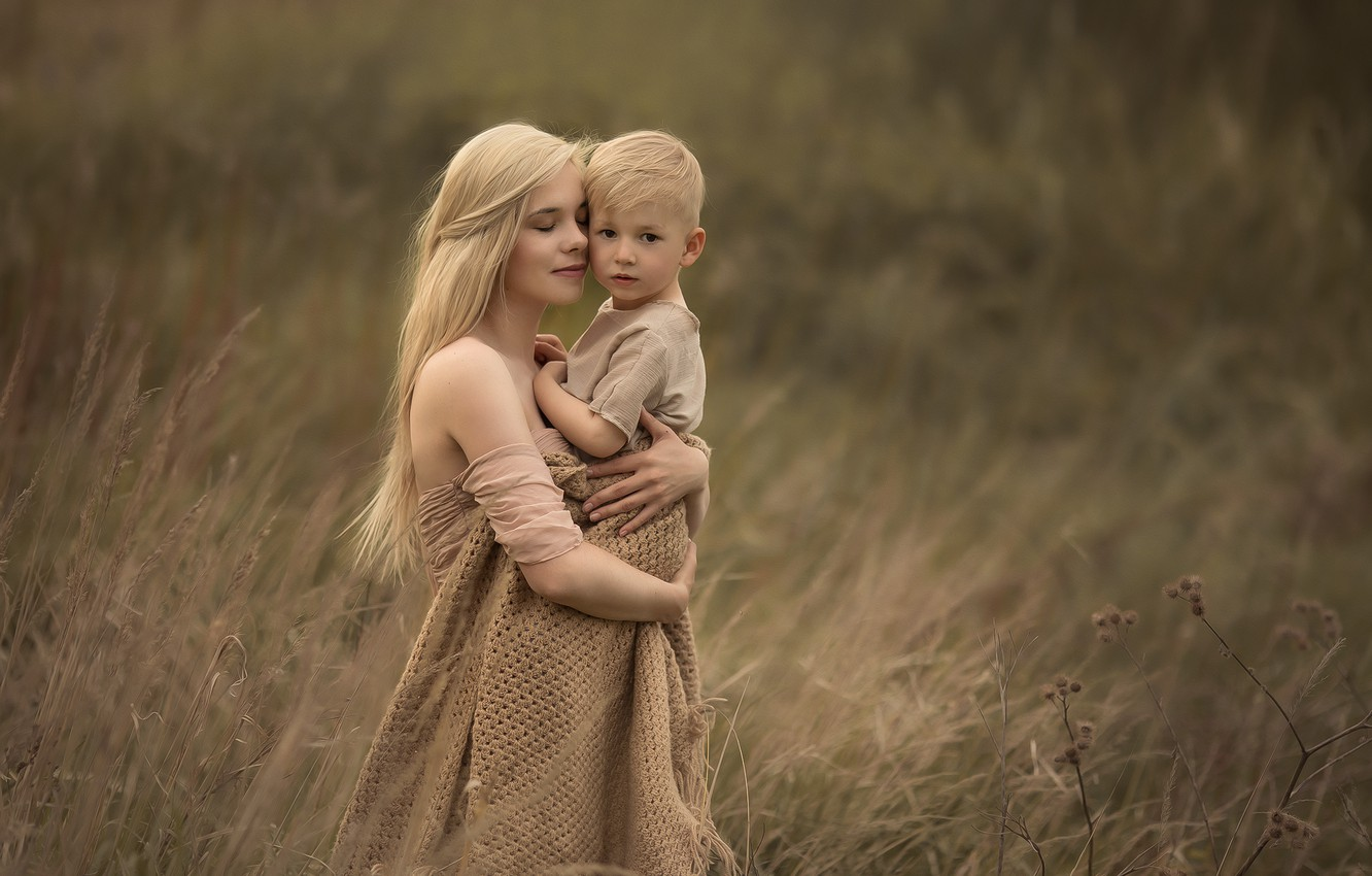 Photo wallpaper field, love, nature, woman, tenderness, boy, hugs, blonde, mom, child, shawl, son, mother, Chudak Irena