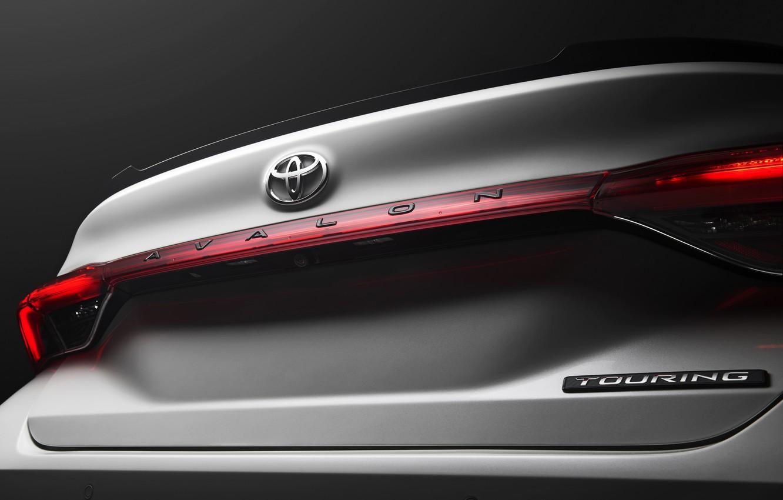 Photo wallpaper Toyota, 2018, Avalon, Touring, trunk lid