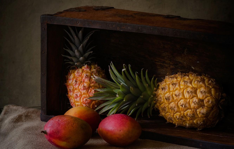 Photo wallpaper mango, box, pineapples