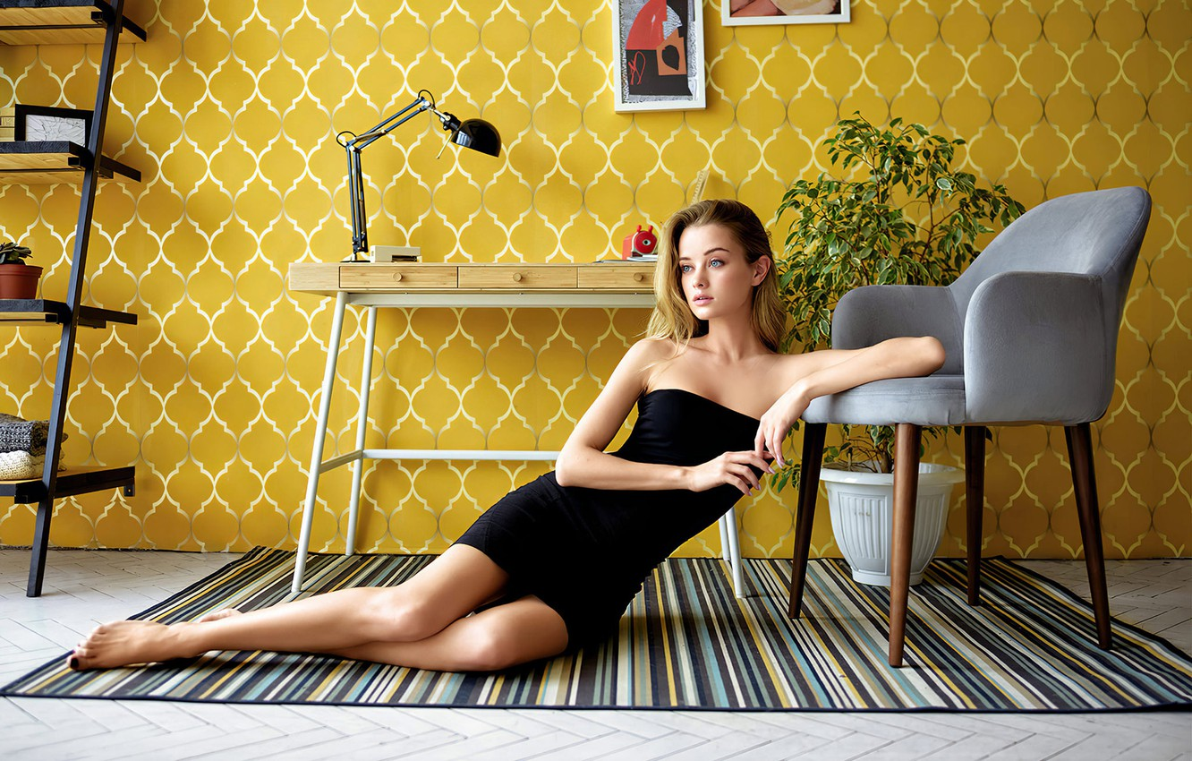 Photo wallpaper pose, table, room, wall, model, plant, lamp, portrait, interior, chair, makeup, figure, dress, hairstyle, pictures, …