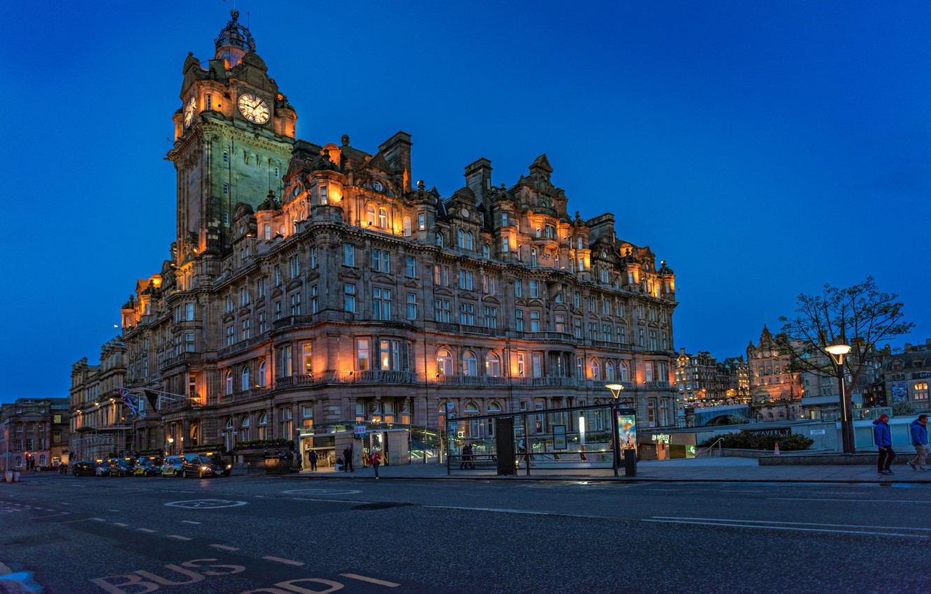 Photo wallpaper road, the building, Scotland, the hotel, Scotland, Edinburgh, Edinburgh, Balmoral Hotel