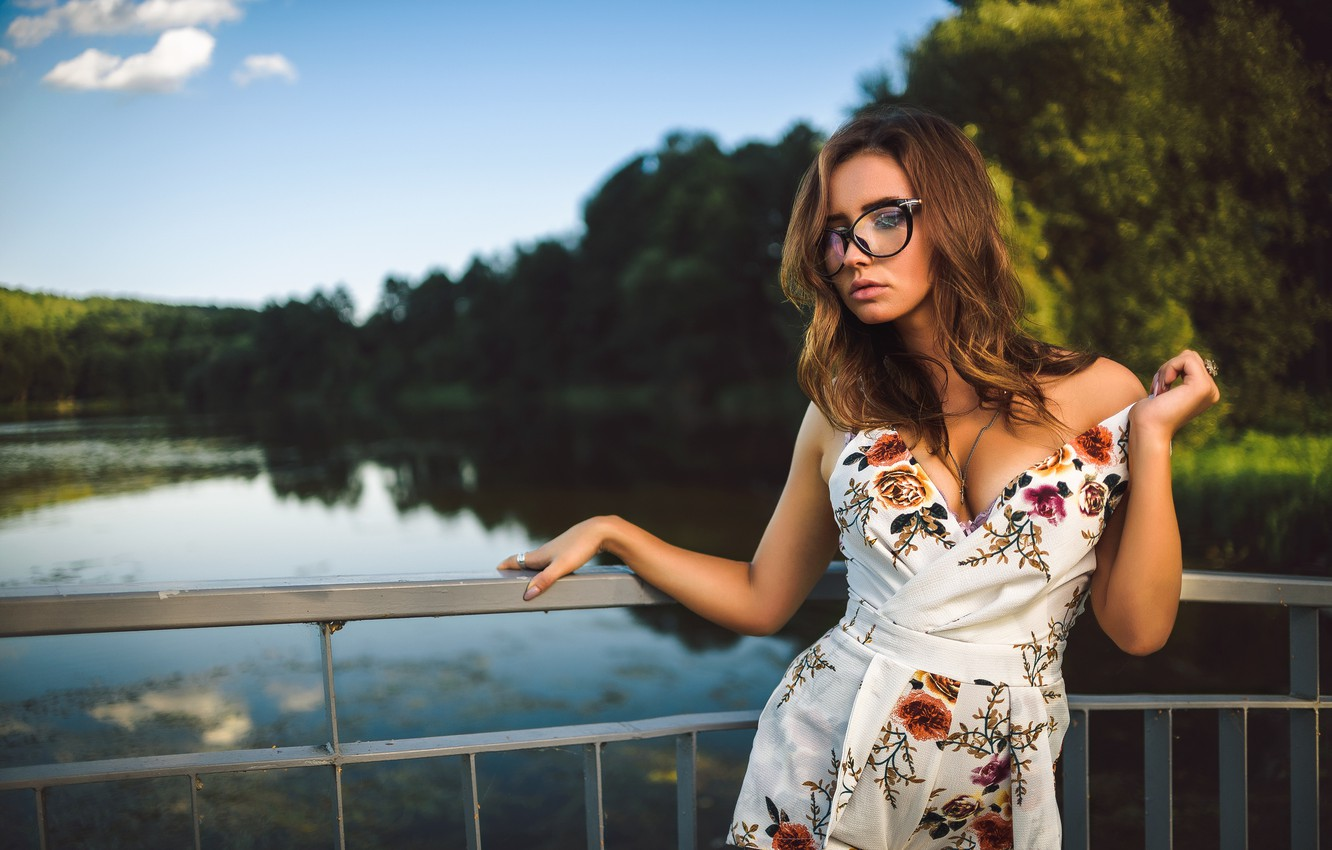 Photo wallpaper chest, water, girl, dress, glasses, Dmitry Medved, Catherine Bellini