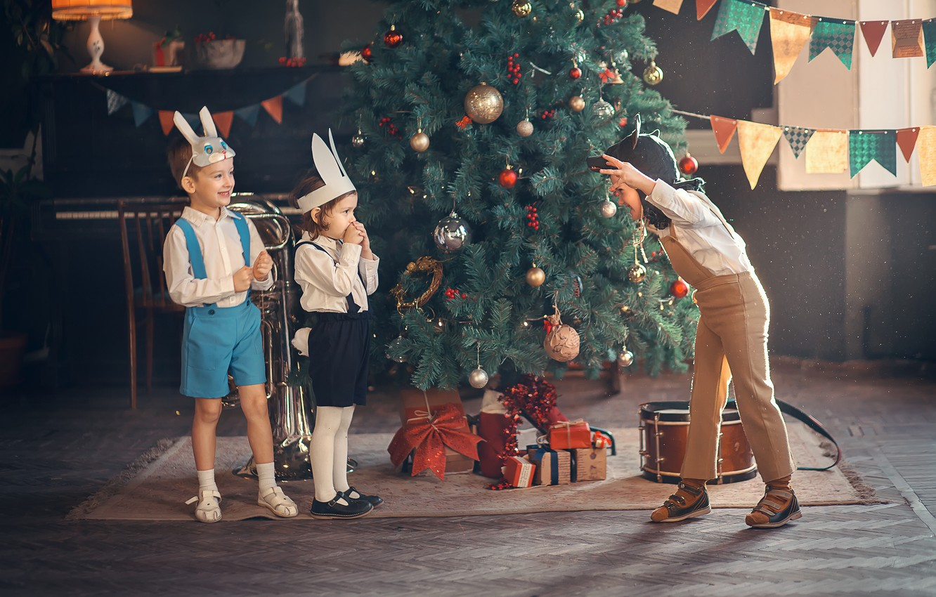 Photo wallpaper children, holiday, the game, new year, wolf, gifts, tree, mask, bunnies, kindergarten, Marianne Smolin