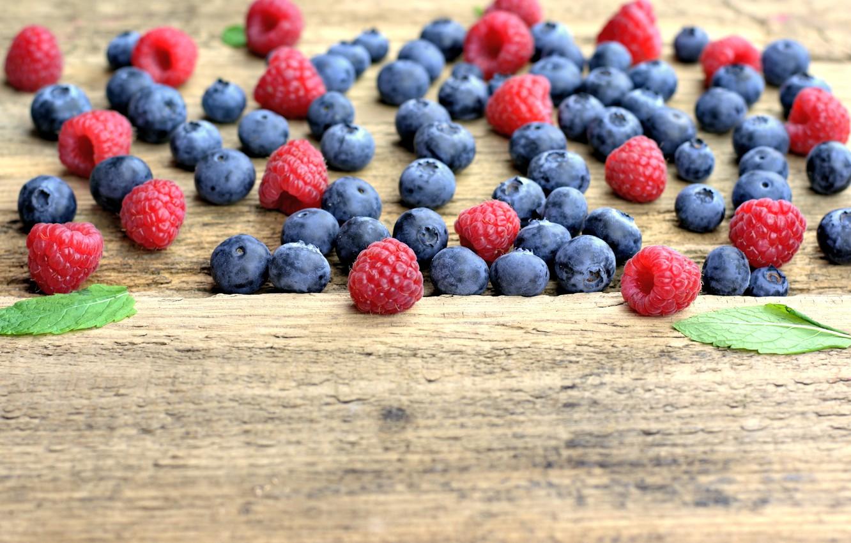 Photo wallpaper berries, raspberry, blueberries, fresh, wood, blueberry, blueberries, berries, raspberry