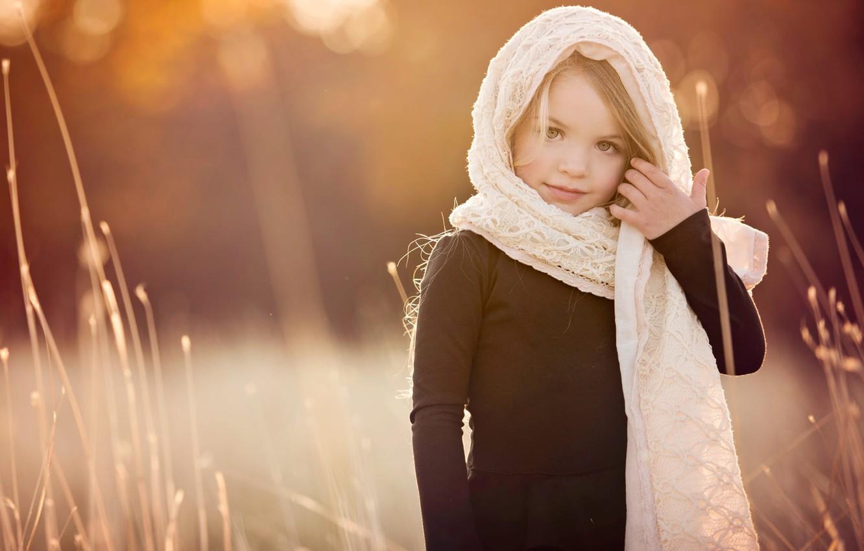 Photo wallpaper grass, nature, girl, child, shawl, bokeh, Amber Bauerle