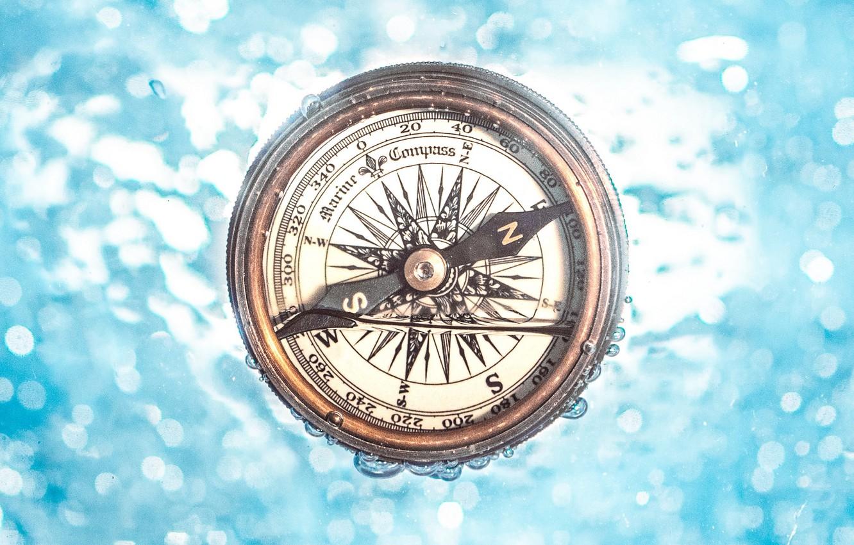 Photo wallpaper water, arrow, compass, under water