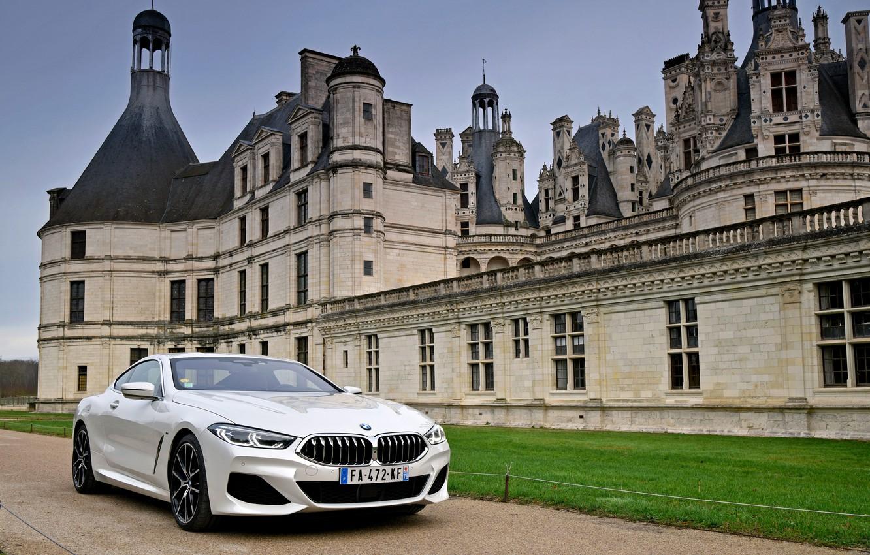 Photo wallpaper white, wall, lawn, coupe, BMW, 2018, 8-Series, Eight, G15, 840d xDrive M Sport