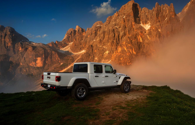 Photo wallpaper white, tops, SUV, pickup, Gladiator, ass, 4x4, Jeep, Rubicon, 2019