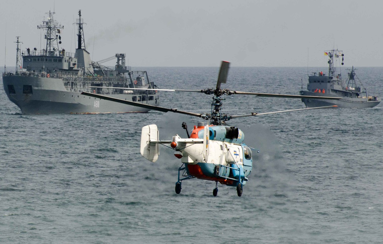 Photo wallpaper Helicopter, Ukraine, Ka-27, Ka-27PS, The Ukrainian Navy, The ship degaussing, Balta (А811)