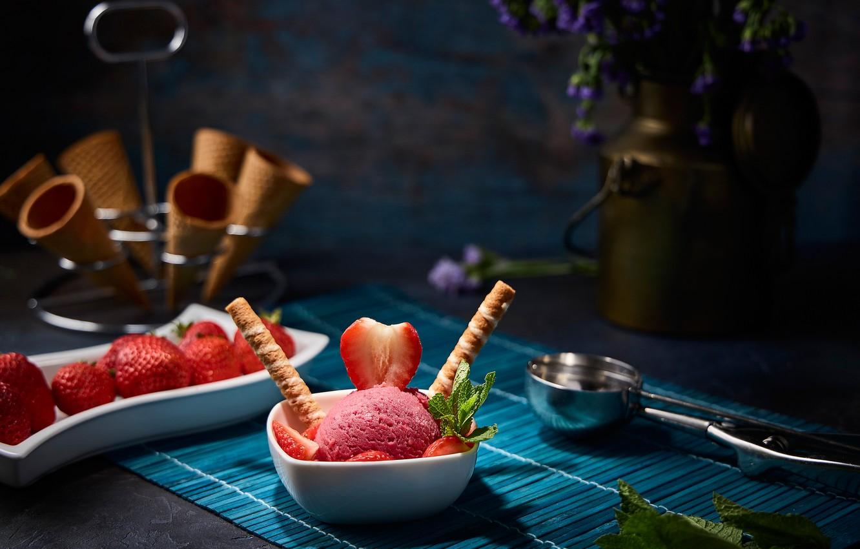 Photo wallpaper berries, strawberry, still life, strawberry ice cream, вафельные рожки