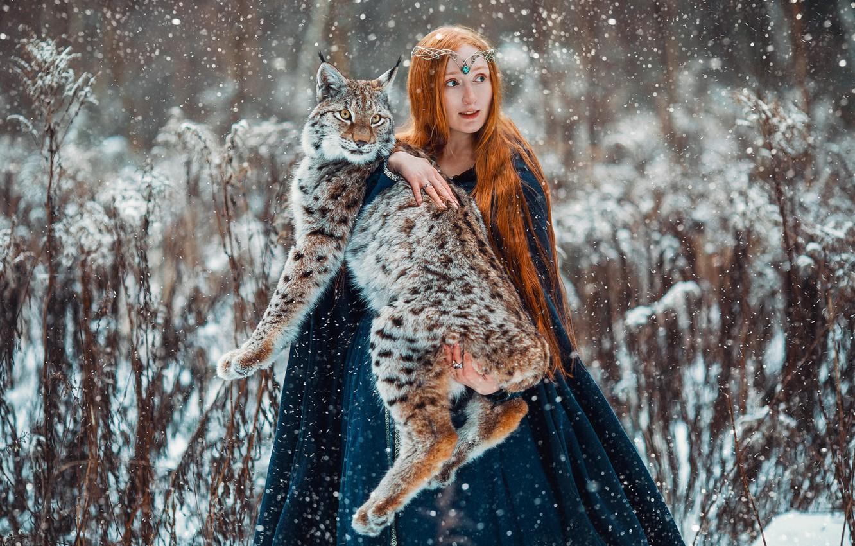 Photo wallpaper winter, girl, animal, predator, red, lynx, Александра Савенкова